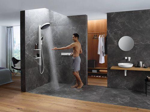 rainfinity_showerpipe_powderrain_man_ambience_4x3