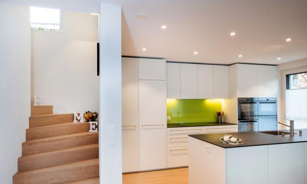 Küche_Treppenaufgang