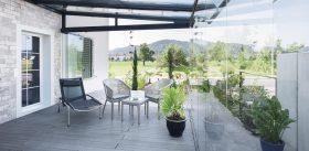 COVER-Verglasung-Sitzplatz-mit-Dach