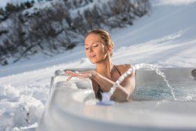 marmobisa_whirlpool_wellis_EVEREST_Winter_lifestyle_DSC00596_web