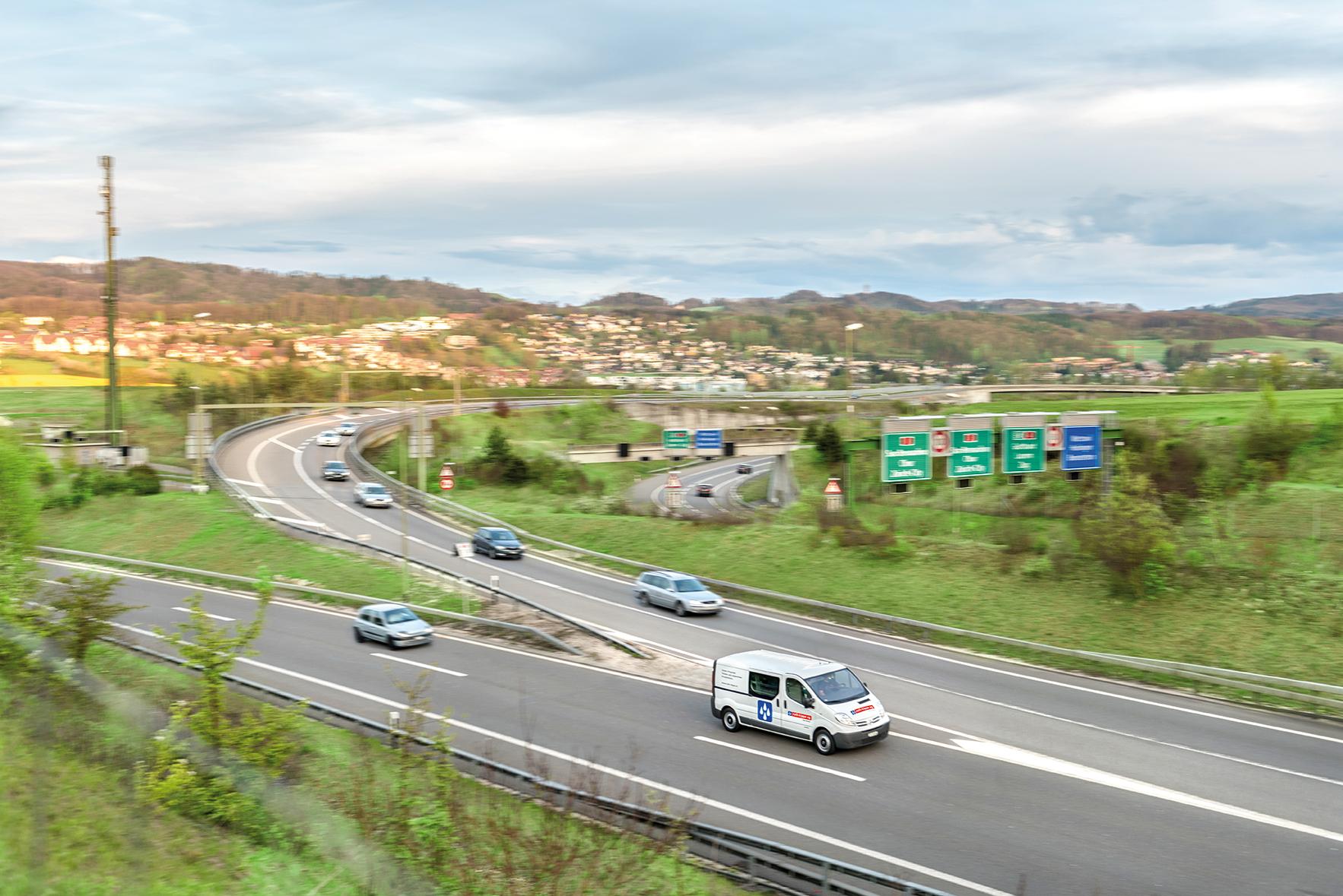 ROK_Autobahn-Busy-1_korr_RGB