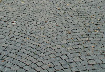 24962 Basalt Pflaster.jpg