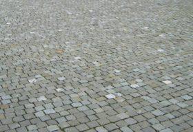 39171 Guber 8-11 Pflaster.jpg