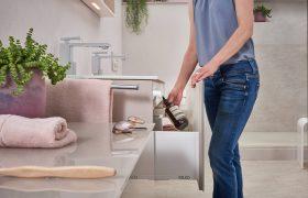 familienbad-strandflair-stauraum-waschtisch-inspiration-badewelten
