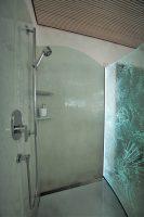 glaser in dusche