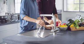 BRITA Küchenarmatur  mit Filter, Modell eckig
