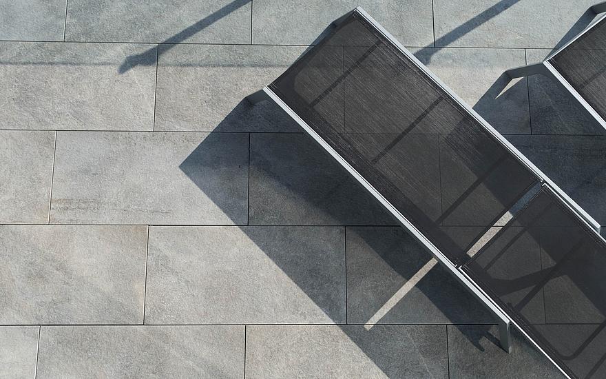 Dachterrasse mit Keramik Titanio
